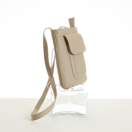 Details of beige cross body sling bag