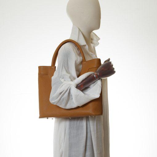 Simple Tote bag in Tan embossed leather